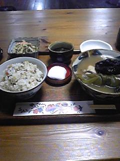 沖縄01:イラブー料理「カナ」
