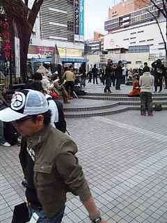 東京都「パフォーマンス慎め条例」抗議パフォーマンス。