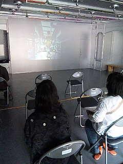 コミュニティアート映像祭:水上アートバス。