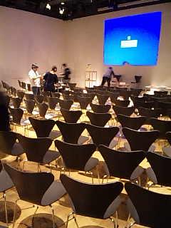 「TOKYO ART SCHOOL」準備中。