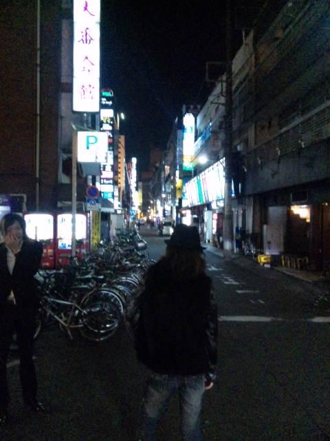 歌舞伎町のポーズ。